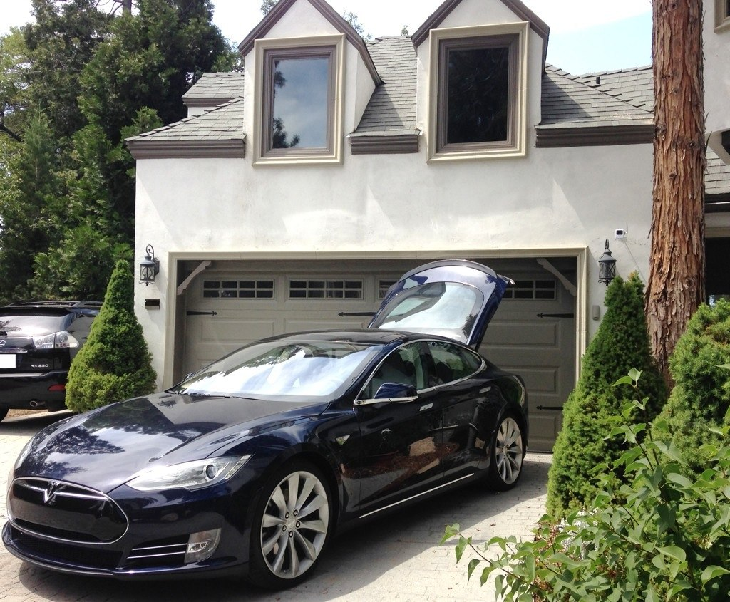 Blue Model S Lake Arrowhead House
